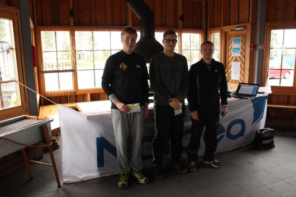 Kahden vuoren kisan MA2 TOP 3: Miro Hietakangas, Jukka-Pekka Kairala ja Väinö Mäkelä.